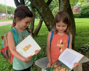 Kids Swapping books